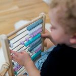 Kindsgut-abacus-rozsaszin