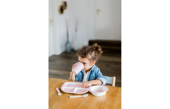 Kindsgut-etkeszlet-pink-haromszogek-3