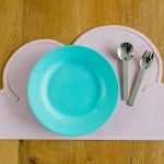 Kindsgut-felho-alaku-szilikon-Tanyeralatet-pink-1