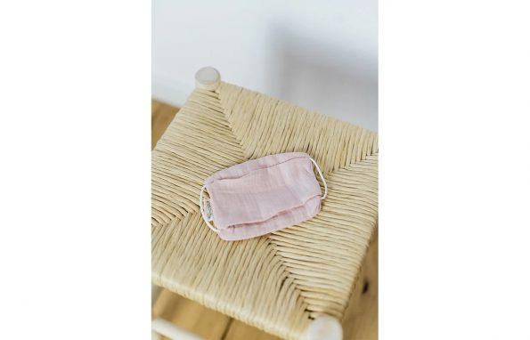 Kindsgut-moshato-pamut-szajmaszk-gyerekeknek-pink-Lea-2