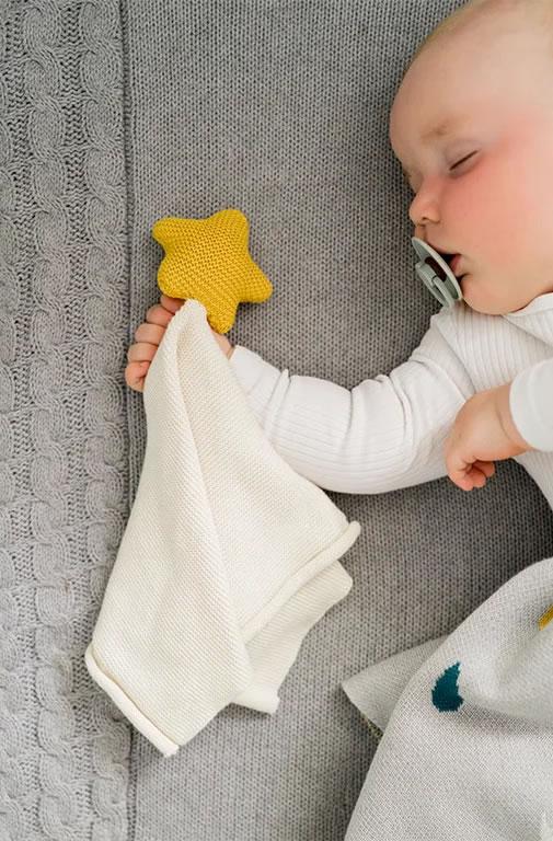 Kindsgut-szundikendo-csillag-2